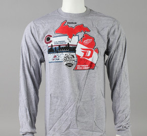 2016 Stadium Series Medium Reebok Long Sleeve T-Shirt