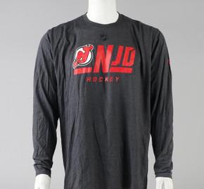 New Jersey Devils X-Large Long Sleeve Shirt