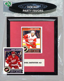 NHL Detroit Red Wings Party Favor With 6x7 Mat and Frame