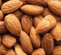 Self-pollinating Almond
