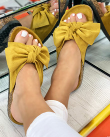 Resort Plan Bow Sliders In Yellow