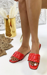 Cinnia Flat Sandals in Coral Red