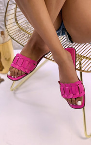 Cinnia Flat Sandals in Fuchsia