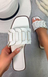 Cinnia Flat Sandals in White