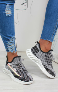 Lanny Stripe Detail Knitted Trainers in Black