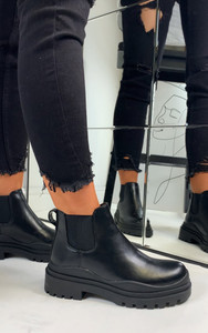 Kaori Contrast Sole Chelsea Ankle Boots in Black
