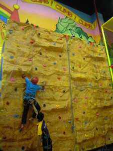 Fiber Glass Climbing Wall Indoor Playground System | Cheer Amusement CH-CW20150112-4