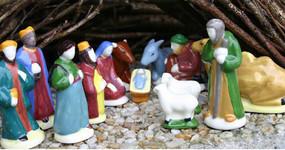 Quimper Nativity Set