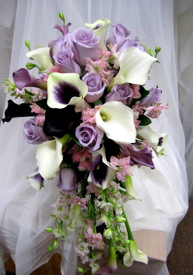 Calla Lilies, Roses, Larkspur Cascade Bouquet