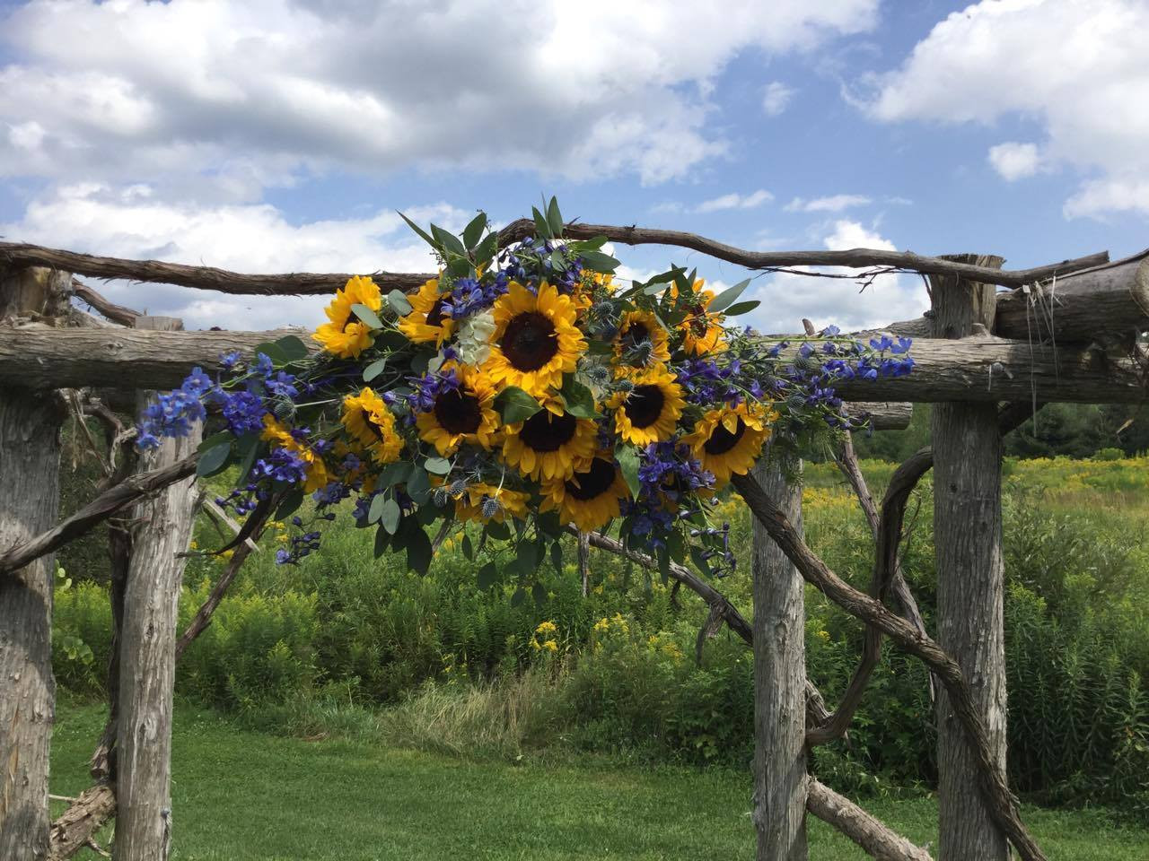 Chappell S Florist Wedding Pieces