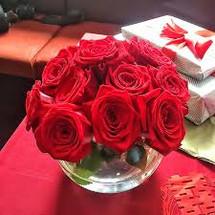 Dozen Red Roses Cube Vase