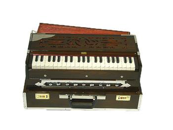 Paloma 3 Reed Fold Up Harmonium - A440 (PAL002)