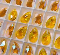 Swar Pendant 6106 - 22m, Light Topaz Shimmer (226 SHIM), 2pcs