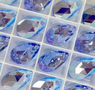 Swar Pendant 6106 - 22m, Light Sapphire Shimmer (211 SHIM), 2pcs