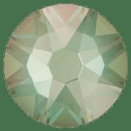 2088 Crystal Silky Sage DeLite (001 L147D),