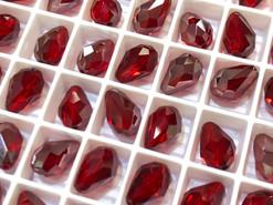 Swar Crystal Bead 5500 - 10.5x7mm, Light Siam Satin (227SATIN), 4pcs