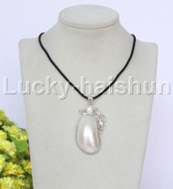 "stylish 1""X1.5"" natural white south sea shell pendant necklace 18KGP j12666"