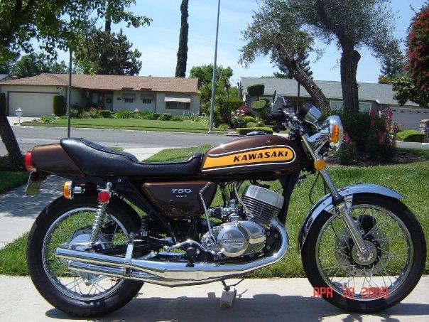 Kawasaki 750 Triple 2 Stroke