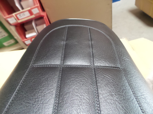 All Z1 seat patterns have this similar defect.