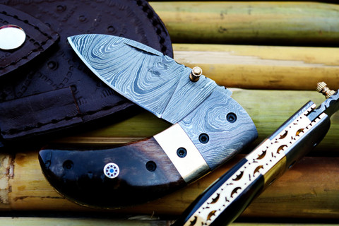 """DKC-43-RT-DS-x RUSTIC THUMB Damascus Steel Folding Pocket Knife 3.5"""" Folded 6.25"""" Open 7.5oz 2.25"""" Blade Stag Horn, Damascus Bolster Very Solid High Quality Knife DKC Knives ™  ASIN: B07KNFXKP6"""