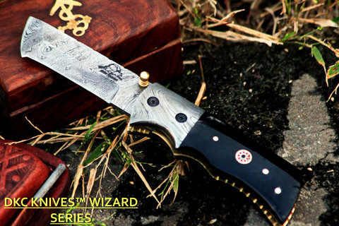 "DKC-27-BH-DS-PC Wizard Buffalo Horn  Handle Damascus Steel Blade with Pocket Clip 7"" Long, 4"" Folded 6oz Damascus Tanto Folding Pocket Hunting Knife TM"