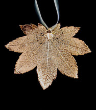 Full Moon Maple Leaf Ornament - Gold