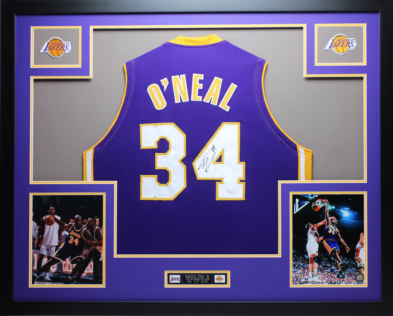 half off 44a42 377a2 Shaquille O'Neal Autographed and Framed Purple Lakers Jersey