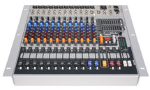 PEAVEY XR1212 Powered Mixer - 1200watts