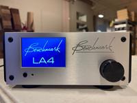 Benchmark LA4 Reference Line Amplifer/Preamplifier (STORE DEMO) - SILVER