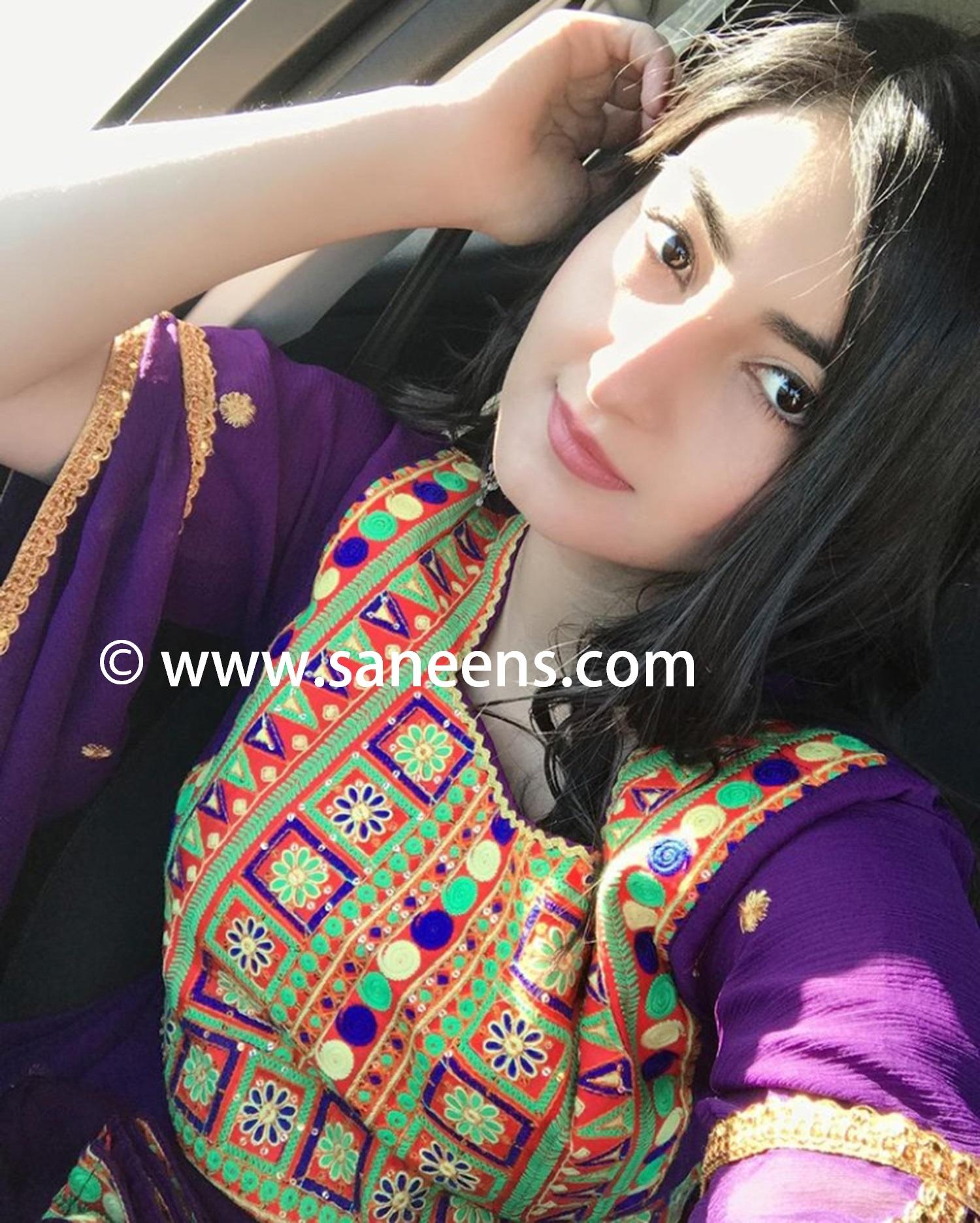 mina.khan20-2-.jpg