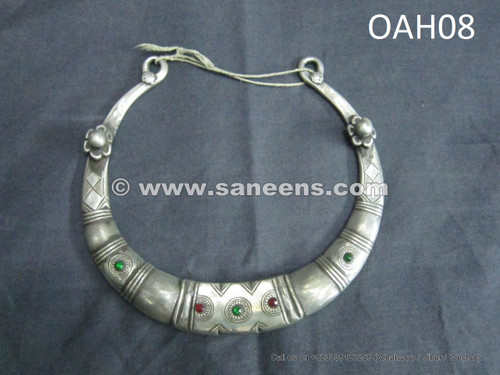 silver metal handmade necklace
