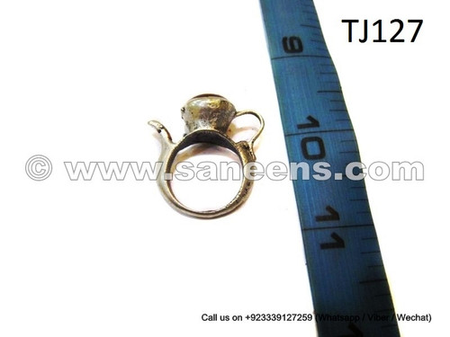 afghan kuchi ring with agate gemstone