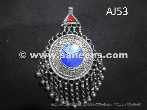afghan kuchi pendant with lapis stone