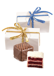 Petit Fours 2pc Favor Box