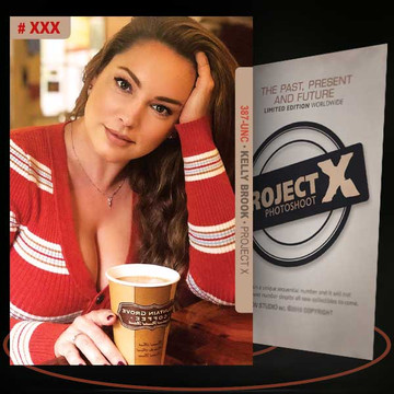 Kelly Brook [ # 387-UNC ] PROJECT X Numbered cards / Limited Edition