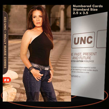 Holly Marie Combs [ # 422-UNC ] Numbered and Limited / Size 2.5 x 3.5