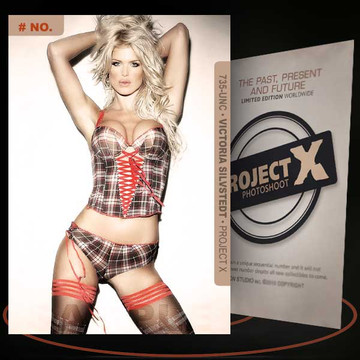Victoria Silvstedt [ # 735-UNC ] PROJECT X Numbered cards / Limited Edition