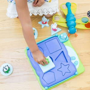 Bright Basics Shape Sorting Popper