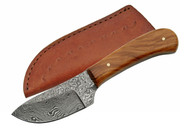 "6"" DAMASCUS SKINNER WITH OLIVE WOOD HANDLE"