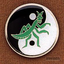 AWMA® Praying Mantis Pin