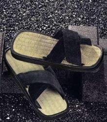 KWON® Zoris Sandals