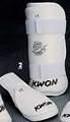 KWON® Elite Shin w/removable Instep Guards - white