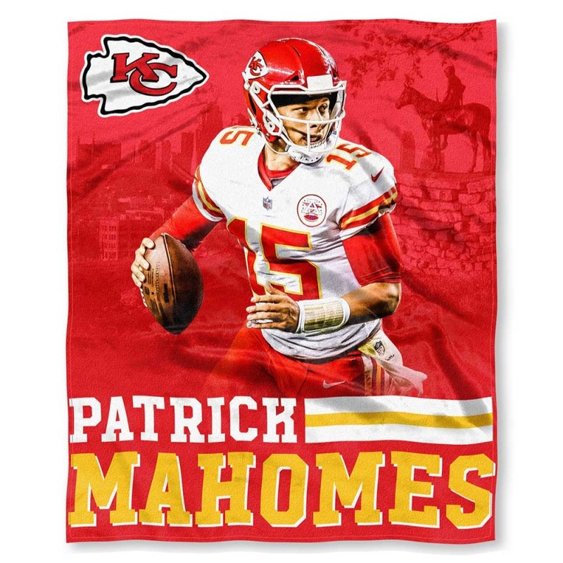 24aa8403 NFL Patrick Mahomes Kansas City Chiefs Silk Touch Throw Blanket Size 50