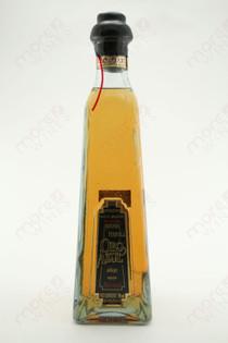 Oro Azul Tequila Anejo 750ml