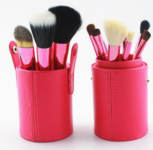 Make Up Brush Set In Red 12 pcs * Free Shipping *