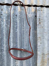 Calgary Noseband With Contrast Stitching L-138