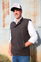 Newmarket's Town & Country Round Oilskin Vest with Fleece
