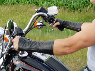 arm-chaps-motorcycle-3.jpg
