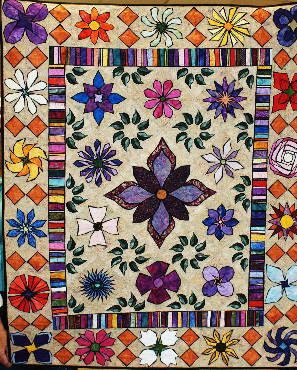 Fresh Cut Flowers Quilt Foundation Paper Piecing Pattern For 2 Quilts Size 84 X 102 Paperpiecedquilting Com