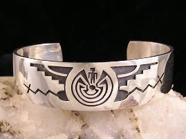 man-in-the-maze-silver-bracelet-large.jpg